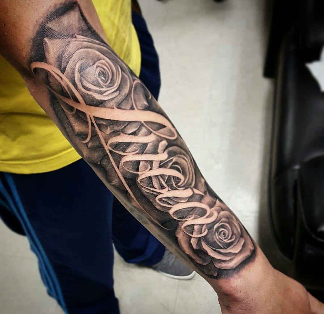 Idée tattoo personnalisé.