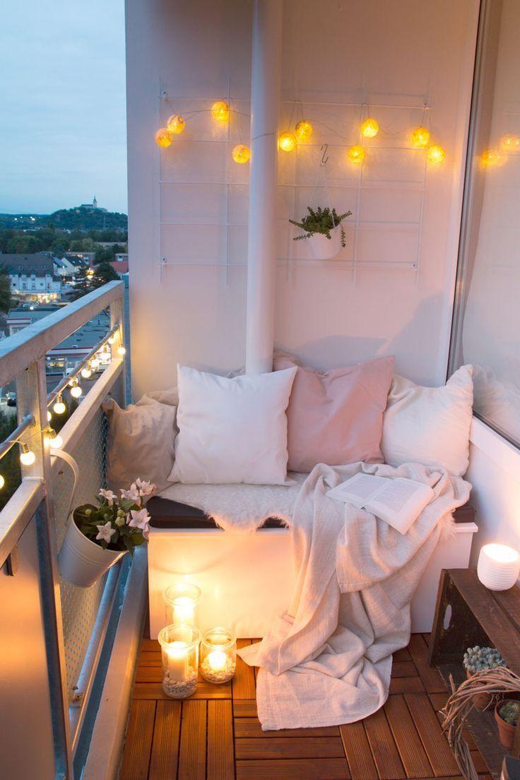 Déco balcon cocooning.