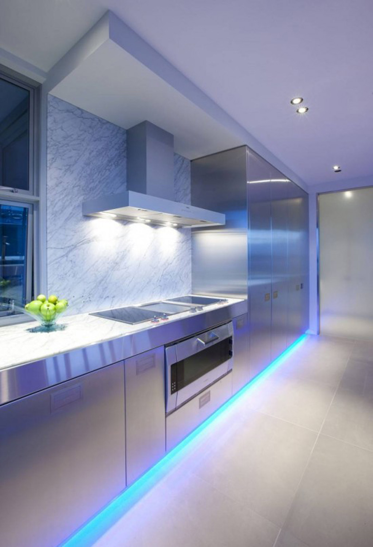 Profitez de la lumière et changez l'atmosphère de n'importe quelle pièce.