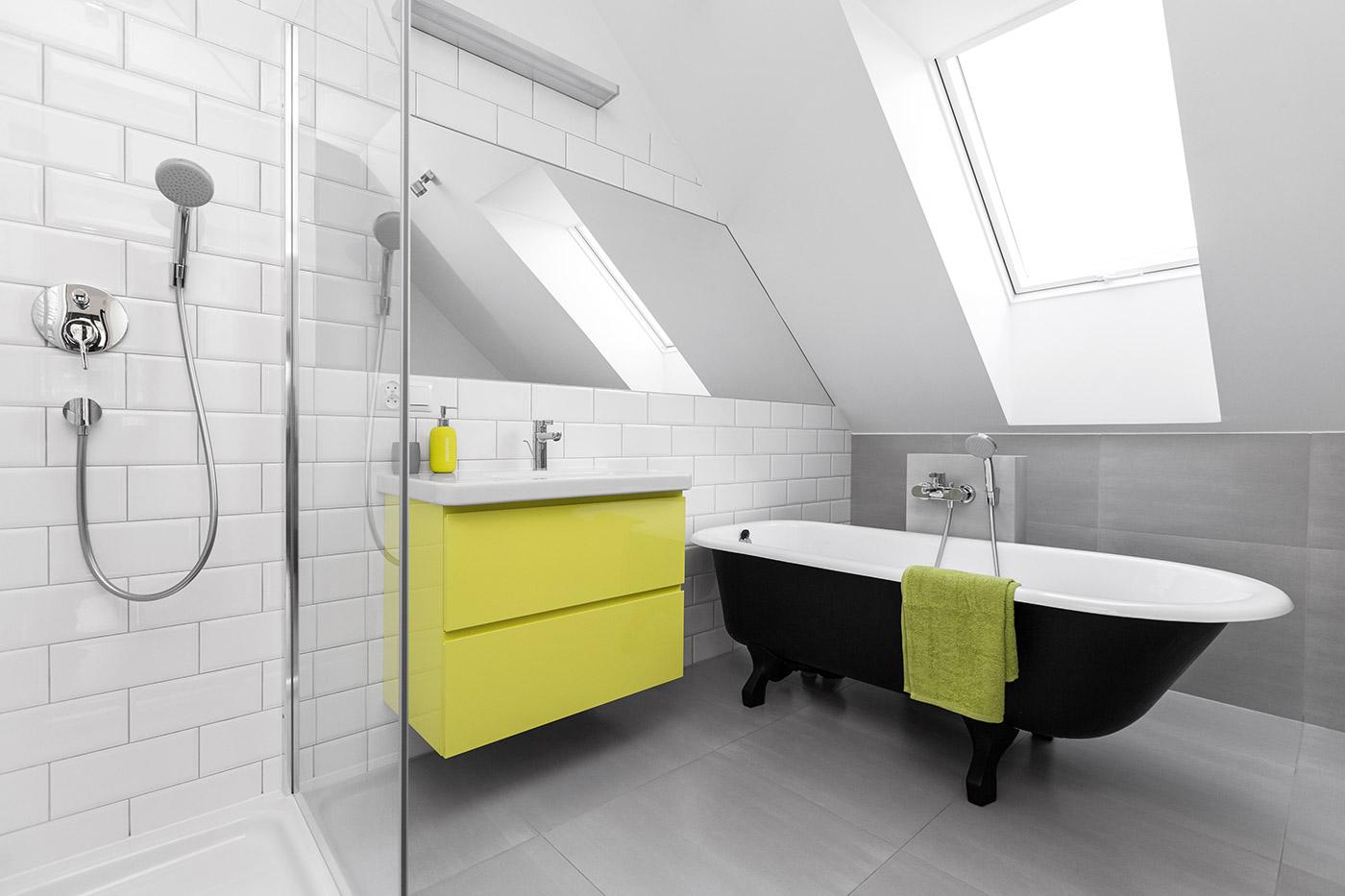 Salle de bain sous combles.