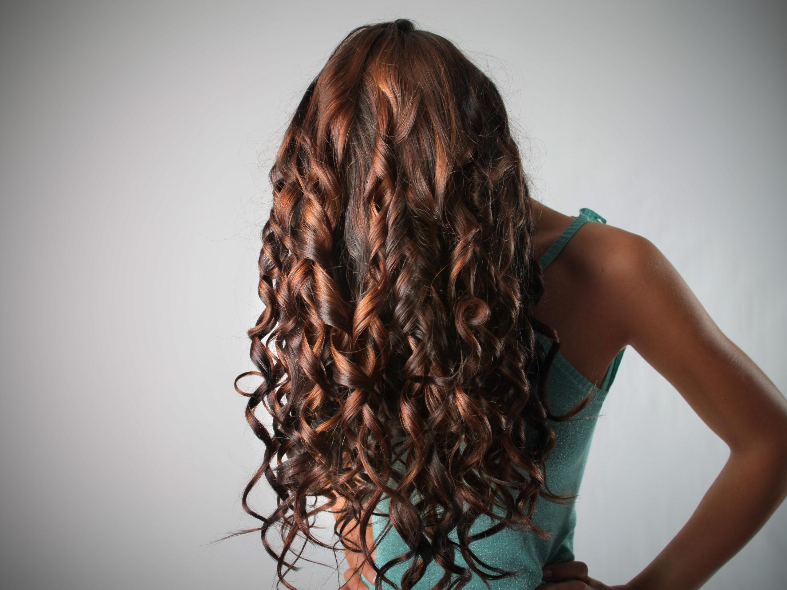 Plus de conseils utiles pour des cheveux brillants et sains